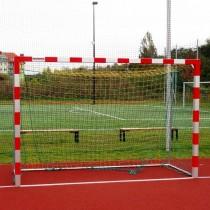 Paire de buts de handball avec cage arrière