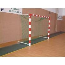 Buts de handball muraux rabattables